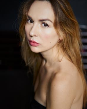 Russian woman in France