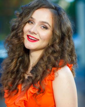 Beautiful girl Anna from Ukraine